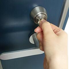 玄関の鍵錠・サムターン 修理・交換